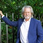 85. A.C. Grayling: The History of Philosophy